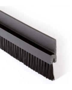 Borstlist Flexibel med 20 mm borst,  Svart 25 m/r